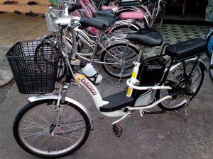 Thay ắc quy xe đạp điện asama tại nhà
