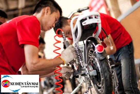 Bảo dưỡng xe đạp điện giúp hạn chế chập điện